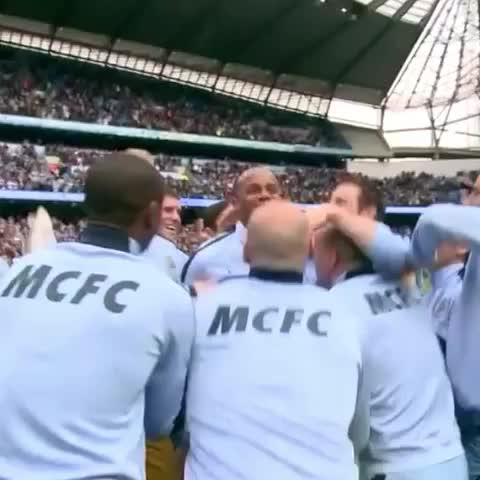 Vine by Manchester City FC - Super Frank gets the bumps... #mcfc