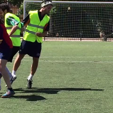 Video Pablo Iglesias Pasa La Jornada De Reflexion Jugando Al
