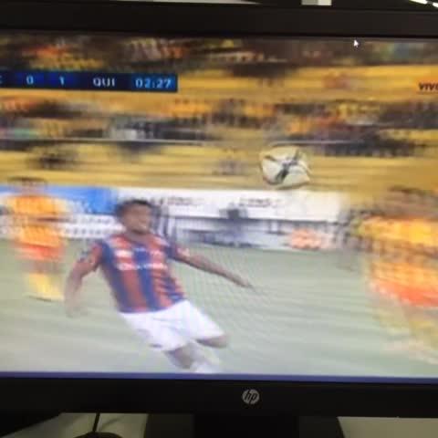 Vine by sasty7 - Gol de Franklin Salas para el Deportivo Quito sobre el Aucas