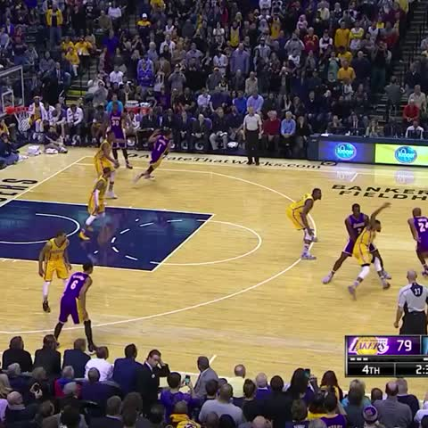 Vine by Lakers - KOBE ???????????? #MambaMoments 4th Quarter TWC SportsNet | TWC Deportes