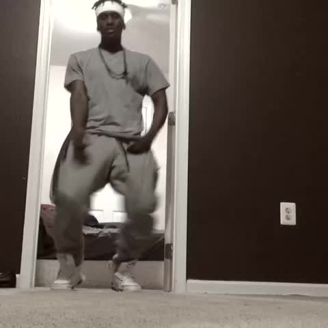 When Bae say she off her period & she coming thru #youfunnyb #BillyBounceDance - Vine by YouFunnyB - When Bae say she off her period & she coming thru #youfunnyb #BillyBounceDance