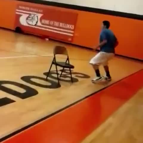 MY BOY 51 DUNKING LIKE ITS NOTHING.. ???? - Vine by WorldStarDaily - MY BOY 51 DUNKING LIKE ITS NOTHING.. 😧