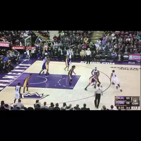 Vine by Tony Xypteras - Rudy Gay makes it look so easy. #BestSportsPlays #sportsvines #basketball #nba #Kings #Sacramento #bestvines
