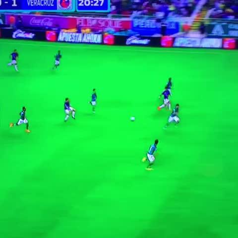 Vine by Gerardo Velazquez de Leon - El gran gol de Juan Angel Albín y gana Veracruz al Leon 0-1 al 22 #TiburonesRojos #Leon #LigaMx