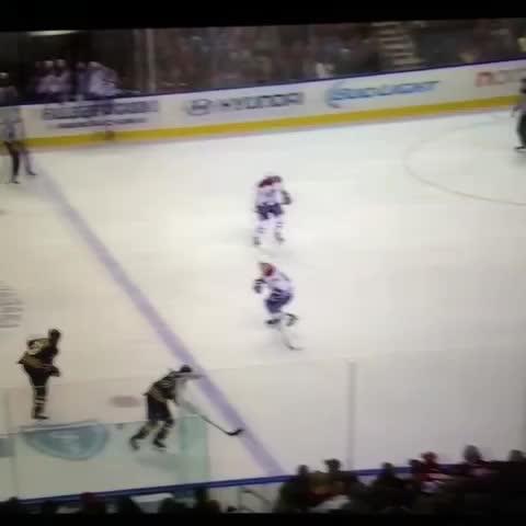 Left Wing Locks post on Vine - Tyler Ennis. Wow. #NHL #hockeyvines #Sabres #Habs - Left Wing Locks post on Vine