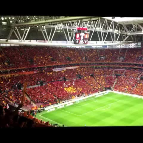 Vine by Kerem - Galatasaray-Besiktas koreografi #galatasaray #koreografi #choreography #football #ttarena