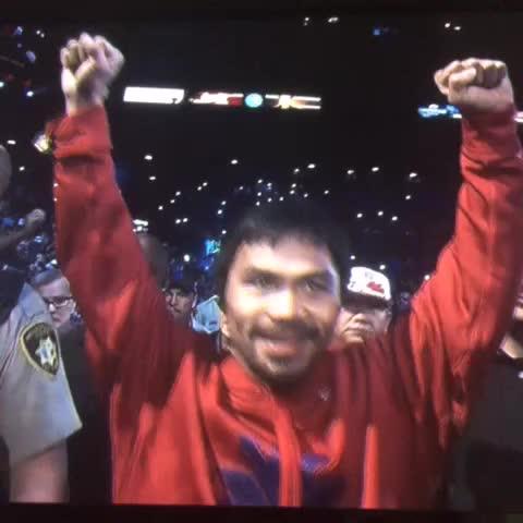 Vine by Depor.pe - Manny Pacquiao ingresó al cuadrilátero y recibió el apoyo del público http://goo.gl/h4BYF7 #PeleaDelSiglo