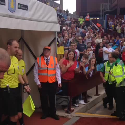 Vine by AVFCOfficial - PRE-MATCH VIDEO: Here they come! #AVFC #SAFC #AVLSUN