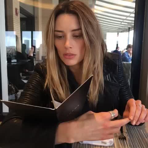 arielle vandenberg instagram
