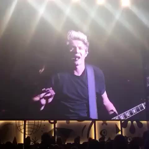 "Vine by 1Dxclusive Clips - Niall: ""ow things hurt when you throw them at people .. Alright? UUHH"" sassy Niall 😂😂❤️"