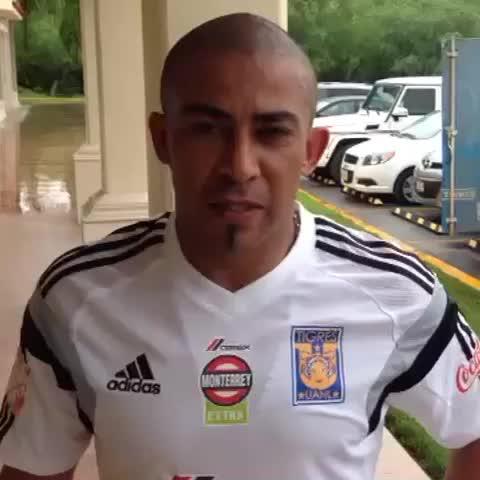 Vine by Club Tigres Oficial - @ArevaloRios_5 Agradece el apoyo en redes sociales a todos los Tigres. #HoyTigresSomosTodos #VamosTigres