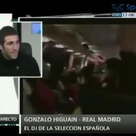 "Higuian: ""A Sergio Ramos le gusta mucho a Boca, es Bostero"" - Vine by Xenieze Del Alma - Higuian: ""A Sergio Ramos le gusta mucho a Boca, es Bostero"""