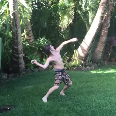 Vine by Nash Grier - When theres no drinks in your house ???? #Hawaii