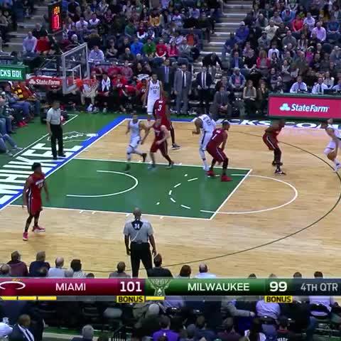 Giannis Antetokounmpo dunks all over Chris Bosh (Video)