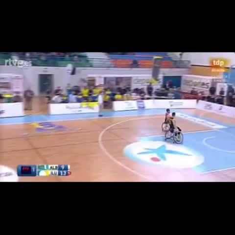 Vine by Aarón Morales - Jugadón H Brown Final #copabsr2016