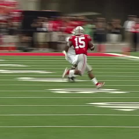 Vine by ESPN CollegeFootball - We are starting to catch on to Ezekiel Elliotts go to move.