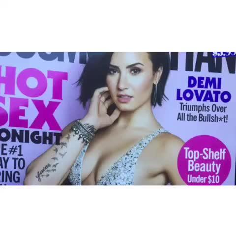 "Demi Lovato Devonne >> Watch hey lovato's Vine ""me"""