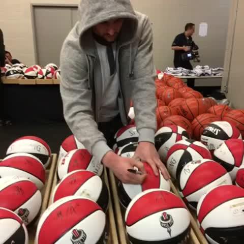 Vine by NBA - #KlayThompson signs ???? the commemorative #NBAAllStarTO basketballs at practice! #NBAVine