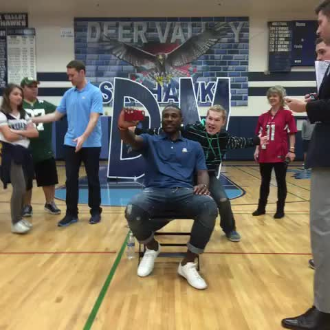 Vine by SNF on NBC - Patrick Peterson going for the Guinness World Record for Selfies in an hour!
