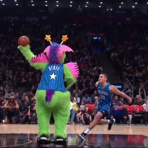 Vine by NBA on TNT - Aaron Gordon slow motion