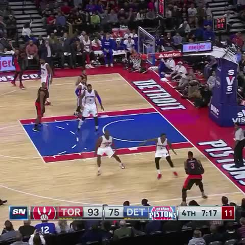 James Johnson drops the hammer! Toronto Raptors - Vine by NBA - James Johnson drops the hammer! Toronto Raptors