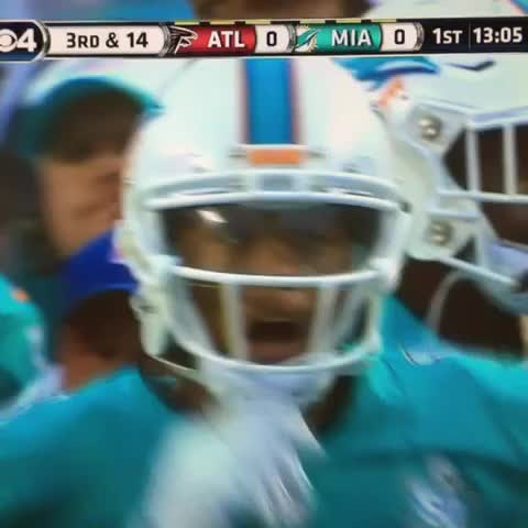 Vine by mfr234 - In the 3rd preseason game of 2015, Bob Griese doesnt know the name of a player with the Miami Dolphins since 2012 cc: Josh Baumgard