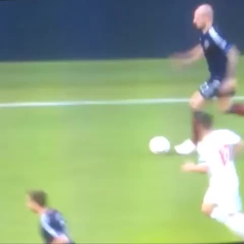 Good old Alan Hutton - Vine by Simply Spurs - Good old Alan Hutton
