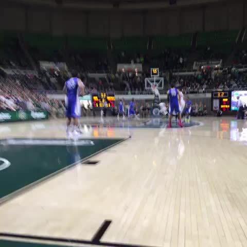 MAURICE IS THE HERO!!!! - Vine by OhioBobcats - MAURICE IS THE HERO!!!!