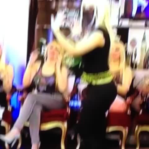 Vine by Tülay Kumaşcı - Dans başladı 🎶💋🎶💋