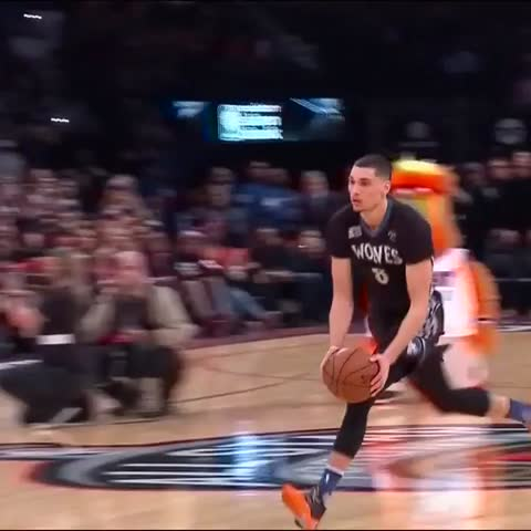 Vine by NBA - .THE FINISHER. #NBAVine #VerizonDunk
