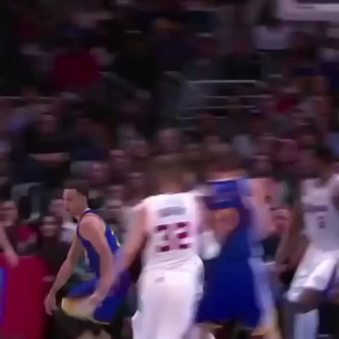 Vine by DefPenSports - Steph Curry. Cooked cp3. Oh my. #goldenstatewarriors #losangelesclippers #chrisPaul #cp3 #stephencurry #stephcurry