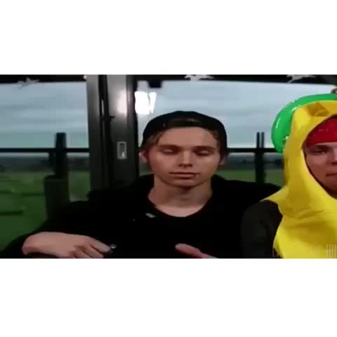 eKhtvJqQEb3