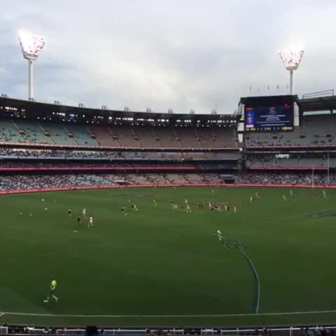 Vine by Brian Peel - #AFLDeesDogs Go Melbourne FC #myheartbeatstrue #GoDees @melbournefc ❤️????