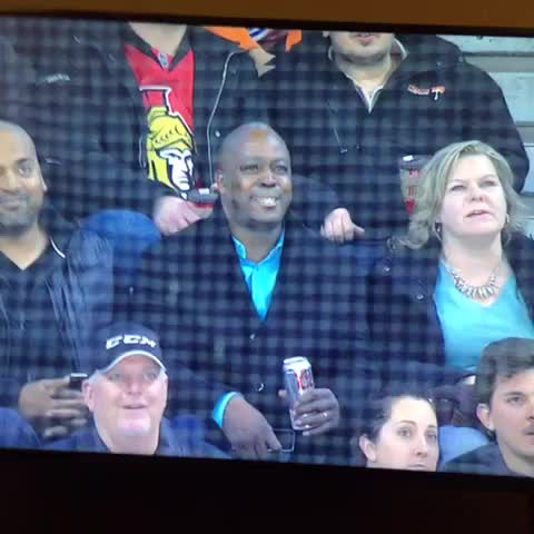 Vine by Hockeymotto - Darnell Nurses parents while he does this 👊🏻👊🏻 #BeatHisAss