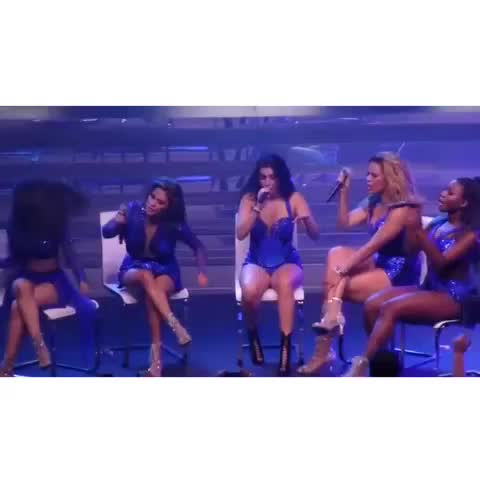 """Vine by fifth unison - SHE HELD THE """"LAST TIME"""" NOTE A LITTLE LONGER THAN USUAL"""