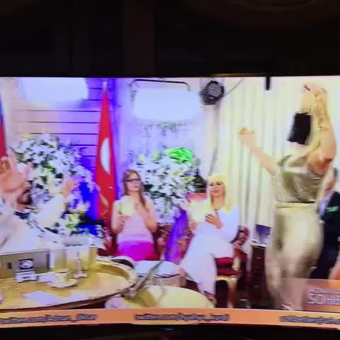 Vine by Didem Ürer - Heybetini yaratana kurban olduğum Aşkım 💖💕 #adnanoktar #musicvideo #music #A9TV #vineturkiye #canliyayin #dance #tvshow #vinefamous