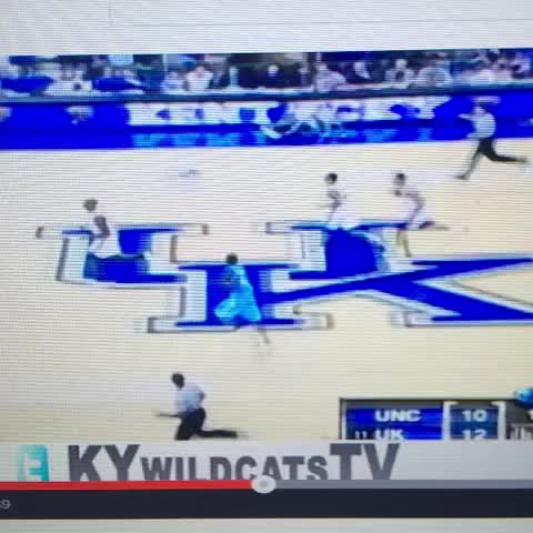 Vine by Things #BBN Likes - Tayshaun Prince 5th of 5 straight 3s made against North Carolina #BBN