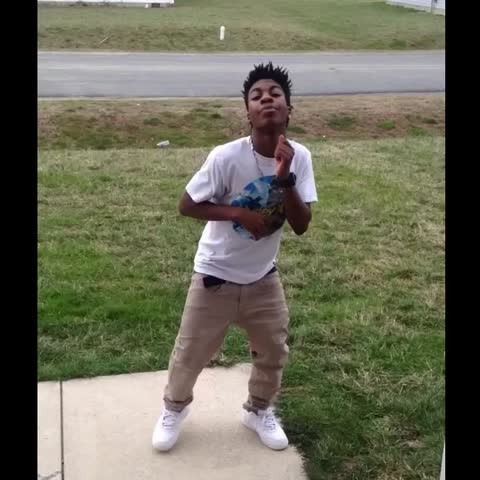 Vine by YVNGSWAG - When the Gospel music is 🔥 but you only know black dances😂😂 Respectmyjays_, KHADI DON, Nike Boi