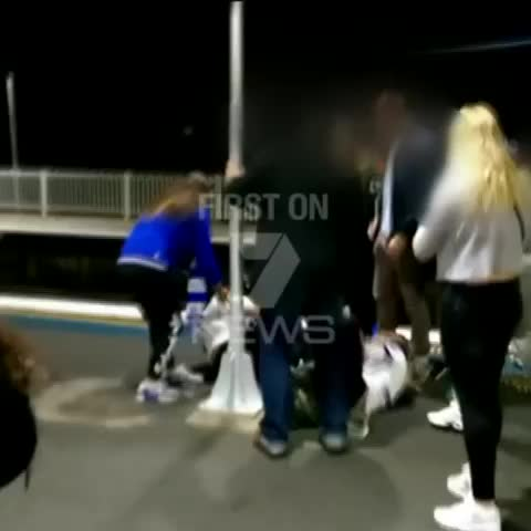 7 News at 6pm: Why did this Bulldogs fan kick another fan in the head? #SydneyTrains #7News - Vine by 7 News Sydney - 7 News at 6pm: Why did this Bulldogs fan kick another fan in the head? #SydneyTrains #7News