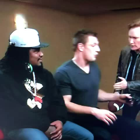 Vine by Epiforce - Gronk roasting Marshawn Lynch ????????