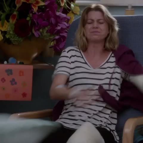 Vine by Greys Anatomy - This moment 😩😭😭 #GreysAnatomy #MeredithStrong