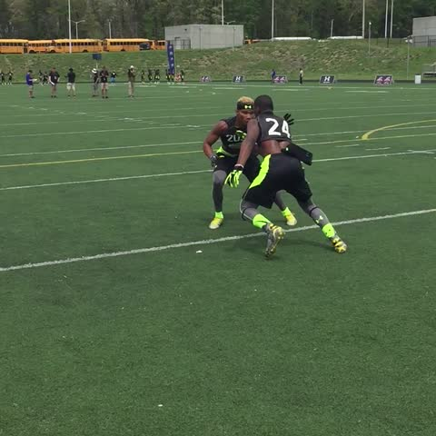 Vine by Woody Wommack - One of many battles between 4-star Mecole Hardman (24) and 5-star Demetris Robertson today #RivalsCamp