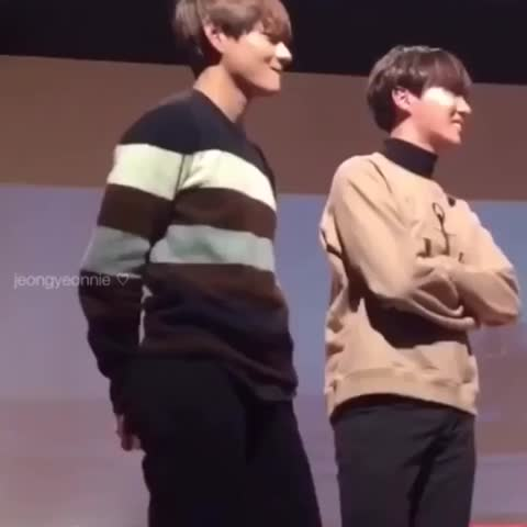 Vine by jeongyeonnie ♡ - can he control himself 😳✌️