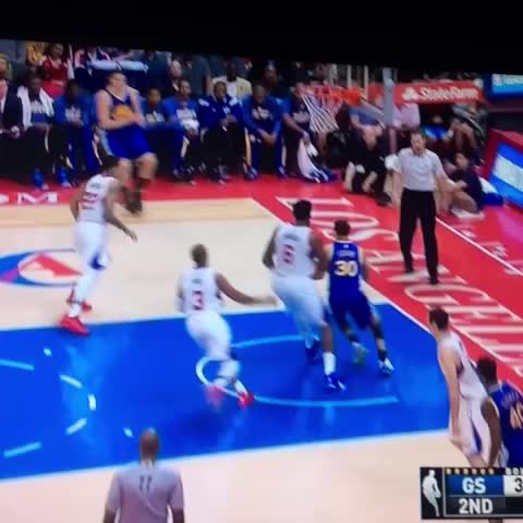 Vine by Big Blue Nation - Stephen Curry just destroyed CP3 😳