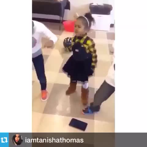 Vine by destiny - gah she so little and cute 😍😝