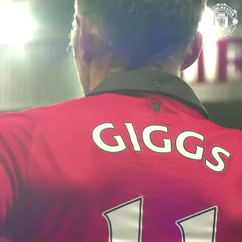 Vine by Manchester United - The end of an era: Ryan Giggs made his final #mufc appearance one year ago today.