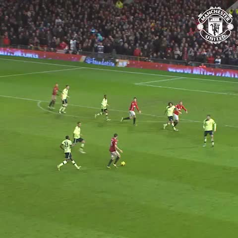 Vine by Manchester United - VINE: Boxing Day 2012. A seven-goal thriller vs Newcastle, settled by a last-minute winner. #mufc