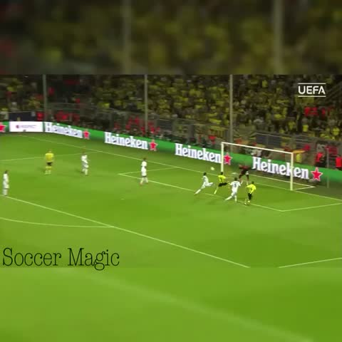 Vine by Soccer Magic - 🌟Throwback when Lewandowski scored 4 goals against Real Madrid in the Cl🌟 Like and Revine plz🌟 So close to 2k🎉