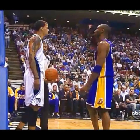 Matt Barnes tried to punk Kobe. That kinda backfired... #Boss #BlackMamba - Dunksteps post on Vine - Matt Barnes tried to punk Kobe. That kinda backfired... #Boss #BlackMamba - Dunksteps post on Vine